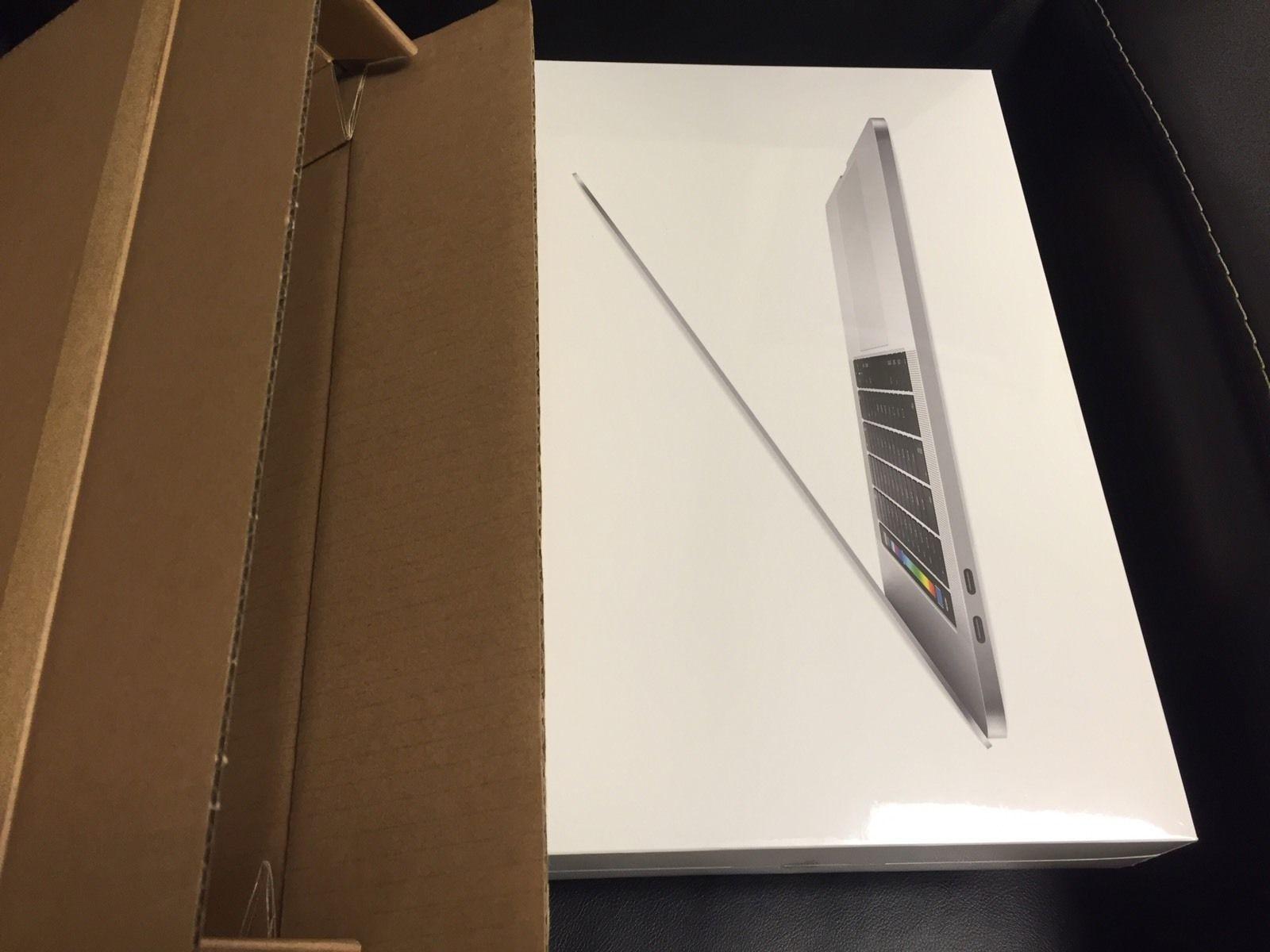 Apple MacBook PRO i7 2 6GHz 16GB 256GB -Touch Bar- - İkinci